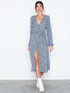 Vila Viflowerbed L/S Wrap Dress Maxikjoler