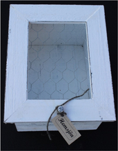 Sne-låda med nät-lock.