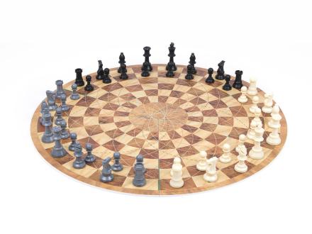 3 Man Chess