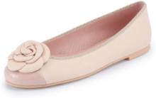 Ballerinaskor i äkta läder från Pretty Ballerinas beige
