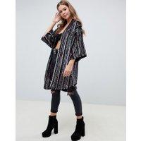 ASOS DESIGN - Randig kimono med paljetter - Flerfärgad