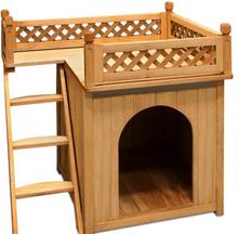 Hund/kattehus med balkong og trapper