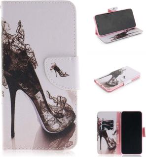 iPhone 9 Plus beskyttelses deksel av syntetisk skinn med printet mønster - svart høy hælt sko
