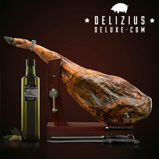 Set of Ham + Olive Oil + Gourmet Plus Ham Stand + Knife and Sharpener (Välj skinka till packningen: Bodega rimmad skinka 6 kg)