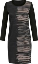 9851ecfc0386 Trikåklänning från Doris Streich svart