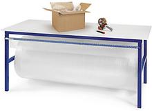 Arbeitstisch mit integrierter Schneidvorrichtung
