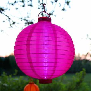 LED solcelle lykten Jerrit i strålende rosa.
