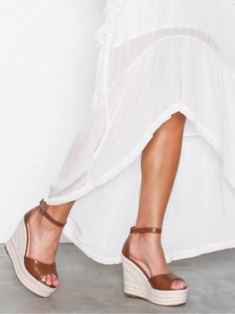 Wedge - Brun NLY Shoes Wedge Heel Sandal
