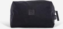 sober | Schwarze Kulturtasche. Kulturbeutel für Männer aus Segeltuch