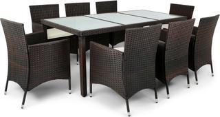 Utemöbler i brun konstrotting - matgrupp med 8 stolar