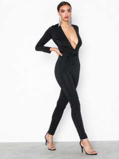 NLY One Low Plunge Glam Jumpsuit Jumpsuits Svart