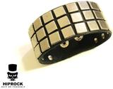 Läderarmband med fyrkantiga nitar - 3-rad