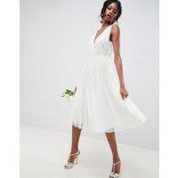 ASOS EDITION - Bröllopsklänning i midilängd med paljetter och vattenfallsdesign - Vit
