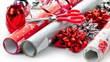 Vi pakker inn gaven for deg