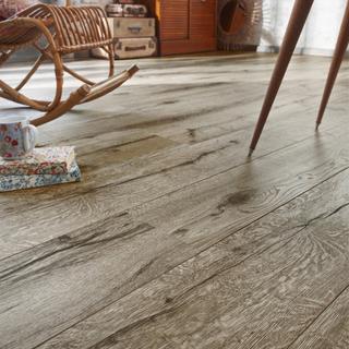 Tarkett Laminatgolv Heritage Grey Oak