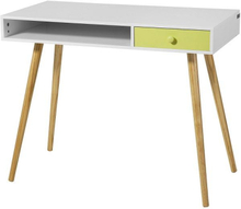 Hvidt skrivebord i skandinavisk stil