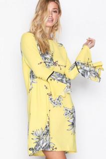 Vero Moda Vmsatina Flair 7/8 Short Dress Gul