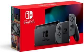 Nintendo Switch. 2019 Grå; Sort