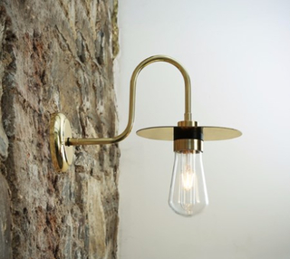 Mullan Lighting Kai swan vägglampa - Polished brass