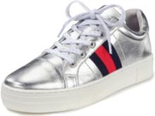 Sneakers ripsbandsränder. från Peter Hahn silver