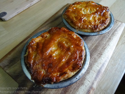 pastry for mince beef and potato and onion pie