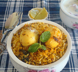 how to make hyderabadi egg dum biryani
