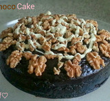 chocoladecake met cacaopoeder