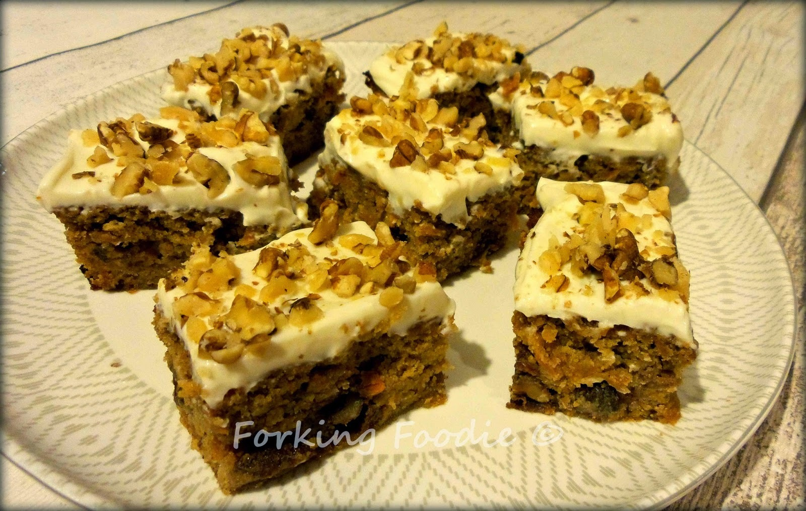 mary berry carrot cake tray bake