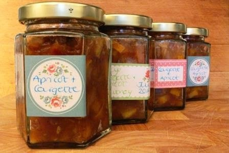courgette and apricot chutney