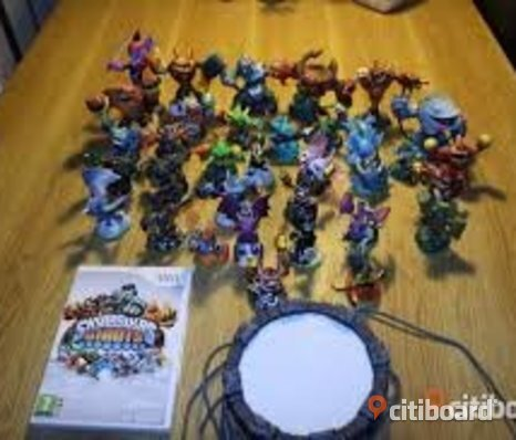 Till Xbox 360 Skylanders Spyro's adventure + Skylanders Giants + karaktärer 16 st + 2 st portal of power