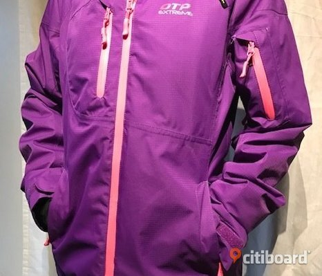 Womans skiing jacket purple. OTP extreme.