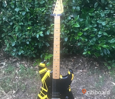 1982 Fender JV Squier Stratocaster factory EVH Black and Yellow rare