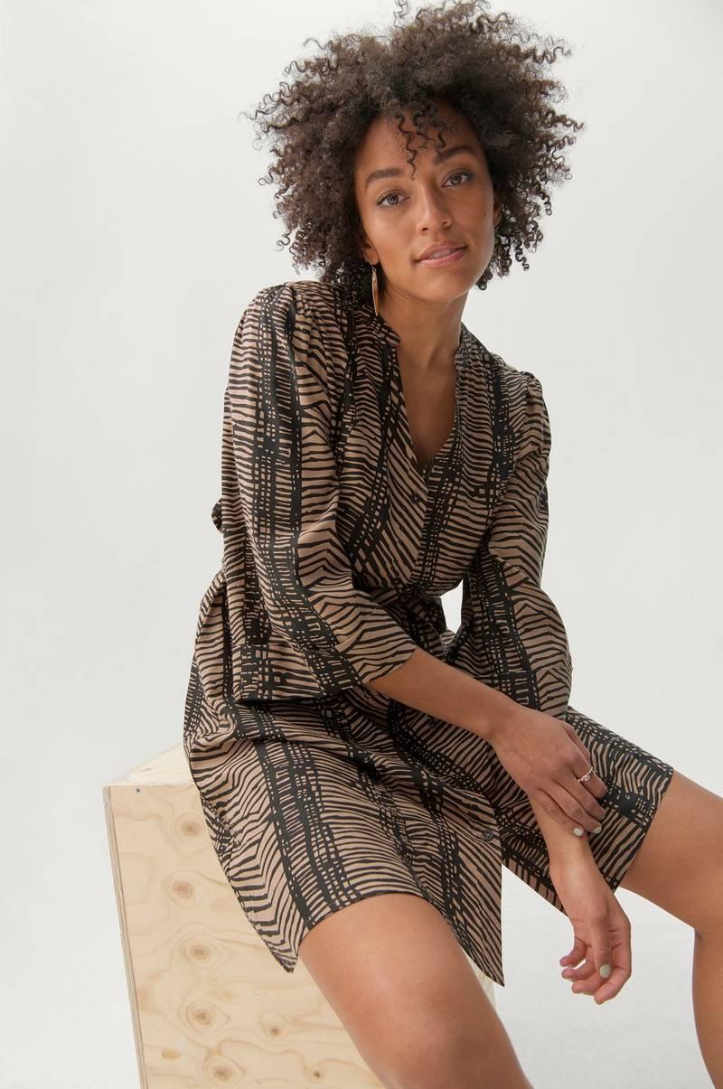 Damkläder online, billiga Kläder på nätet OutletSverige.se