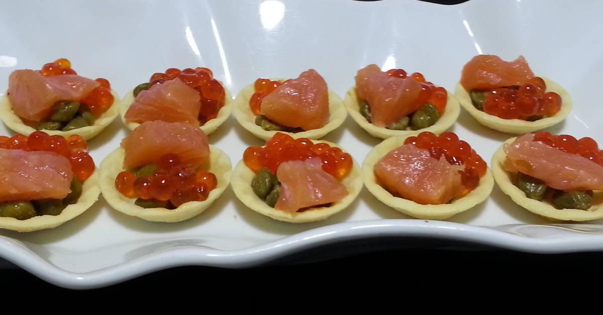 Recetas de canapes frios y faciles mytaste for Canapes faciles y rapidos frios