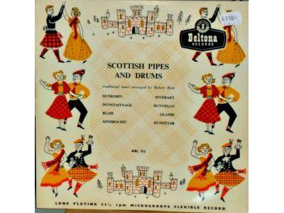 Scottish pipes and drums, traditional tunes arranged by Robert Reid