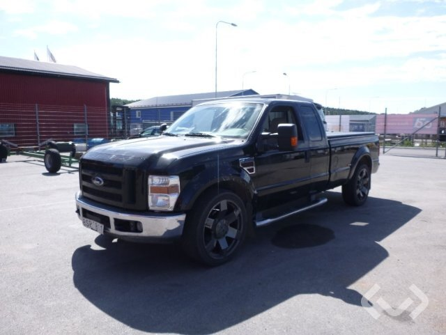 Ford F250 SUPER DUTY 4x2 Flak - 08